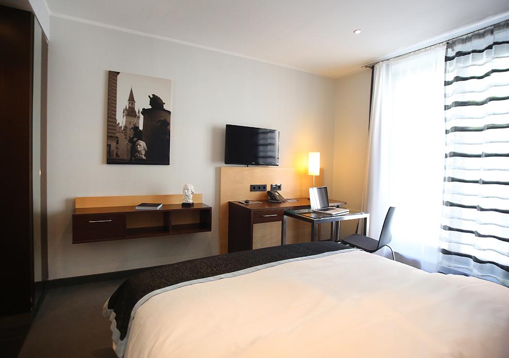 economy zimmer schiller 5 schiller 5 das was andere. Black Bedroom Furniture Sets. Home Design Ideas