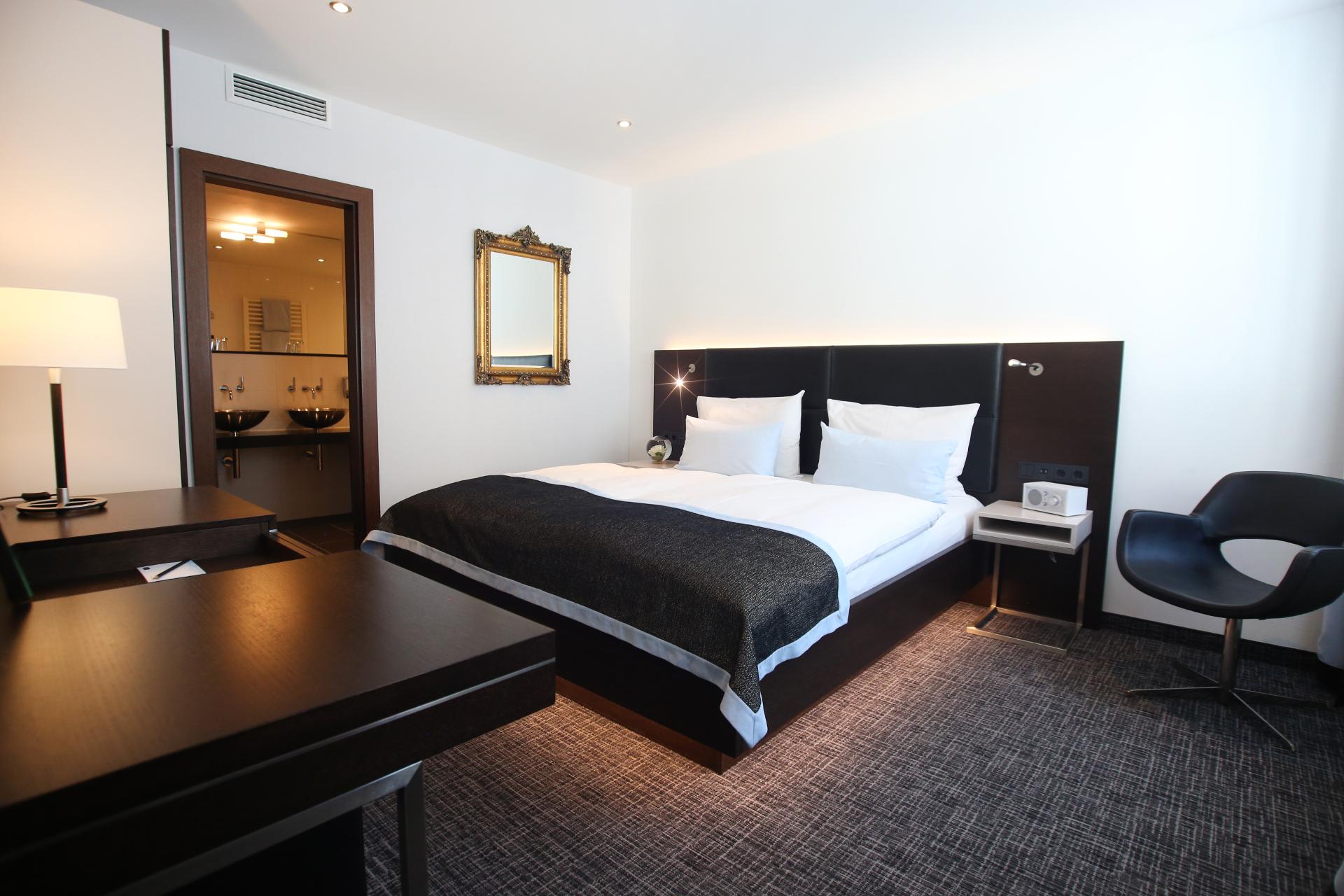 Suite SCHILLER 5 - SCHILLER 5 - Das @was andere Hotel im ...